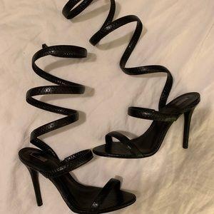 SCHUTZ Sexist Wrap Around Shoes 👠